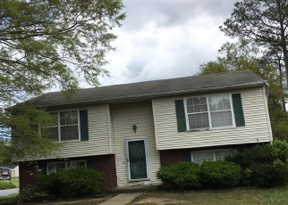 Foreclosed Home in Richmond 23223 LESLIE ANN DR - Property ID: 4335668106