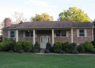 Foreclosed Home in Kingsport 37663 GREENGATE RD - Property ID: 4335677310
