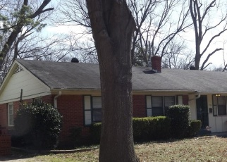 Foreclosed Home in Memphis 38111 ELKWOOD RD - Property ID: 4335681252