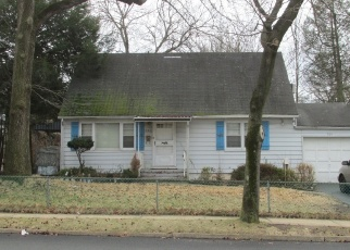 Foreclosed Home in New Milford 07646 HENLEY AVE - Property ID: 4335722422