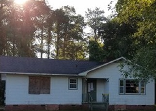 Foreclosed Home in Kinston 28501 MURRAY CIR - Property ID: 4335758331