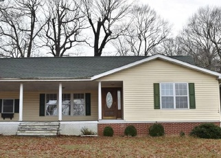 Foreclosed Home in Lothian 20711 MARLBORO RD - Property ID: 4335820531