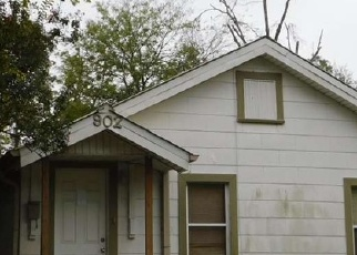 Foreclosed Home in Kilgore 75662 HARRIS ST - Property ID: 4335903301