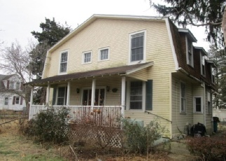 Foreclosed Home in Croydon 19021 STATE RD - Property ID: 4335907688