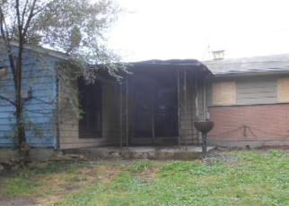 Foreclosed Home in Markham 60428 W 167TH ST - Property ID: 4335972506