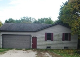 Foreclosed Home in Davis 61019 LAKE SUMMERSET RD - Property ID: 4335989591
