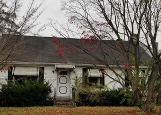 Foreclosed Home in Amityville 11701 BREFNI ST - Property ID: 4336002739