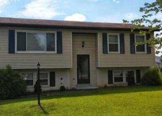 Foreclosed Home in Hanover 17331 COLONIAL DR - Property ID: 4336102592