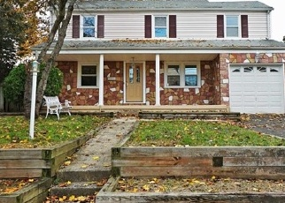 Foreclosed Home in Bergenfield 07621 N STOUGHTON ST - Property ID: 4336106978