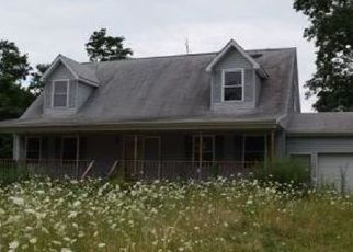 Foreclosed Home in Fredonia 14063 CENTER RD - Property ID: 4336150768