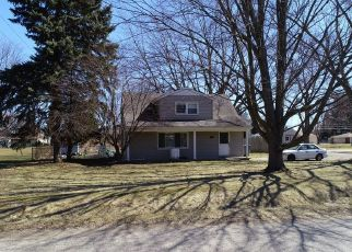 Foreclosed Home in Clinton Township 48035 BIRWOOD ST - Property ID: 4336158203