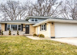 Foreclosed Home in South Holland 60473 S PARK AVE - Property ID: 4336165661