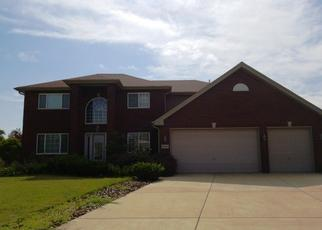 Foreclosed Home in Lansing 60438 CHARLOTTE DR - Property ID: 4336204185