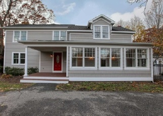 Foreclosed Home in Bayport 11705 FAIRVIEW AVE - Property ID: 4336205508