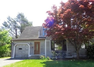 Foreclosed Home in Fairfield 06824 ORCHARD HILL DR - Property ID: 4336225211