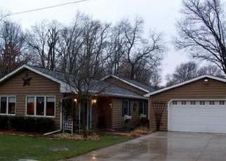 Foreclosed Home in Hobart 46342 VERMILLION ST - Property ID: 4336259379