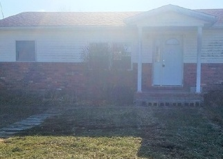 Foreclosed Home in Red Bud 62278 BLACK JACK RD - Property ID: 4336283922