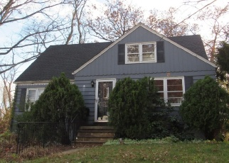 Foreclosed Home in Neptune 07753 OXFORD WAY - Property ID: 4336286535