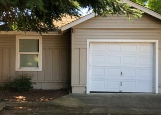 Foreclosed Home in Eugene 97402 HANOVER ST - Property ID: 4336349155