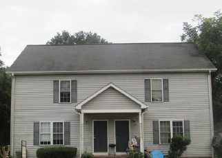 Foreclosed Home in Mauldin 29662 HYDE CIR - Property ID: 4336356610