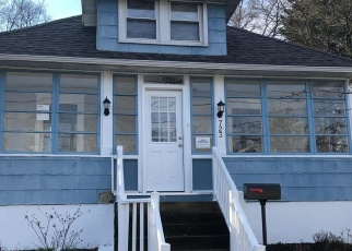 Foreclosed Home in Barrington 08007 NEWTON AVE - Property ID: 4336373700