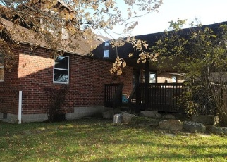 Foreclosed Home in Wallkill 12589 ALBANY POST RD - Property ID: 4336394272