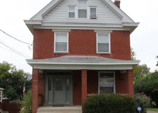 Foreclosed Home in Cincinnati 45211 DARWIN AVE - Property ID: 4336401279
