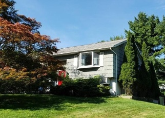 Foreclosed Home in Yorktown Heights 10598 QUINLAN ST - Property ID: 4336409156