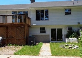 Foreclosed Home in North Haven 06473 HIGHLAND PARK RD - Property ID: 4336451205
