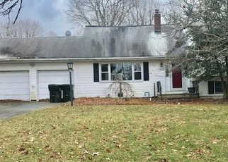 Foreclosed Home in Eatontown 07724 RIVEREDGE RD - Property ID: 4336469161