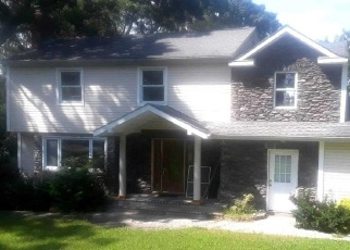 Foreclosed Home in Smithtown 11787 EDGEWOOD AVE - Property ID: 4336539686