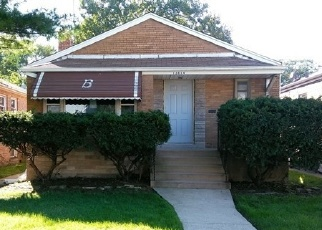 Foreclosed Home in Riverdale 60827 S SCHOOL ST - Property ID: 4336584353