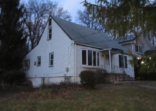Foreclosed Home in Pearl River 10965 GROVE ST - Property ID: 4336593106