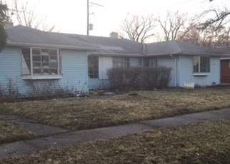 Foreclosed Home in Robbins 60472 S GRACE AVE - Property ID: 4336661889
