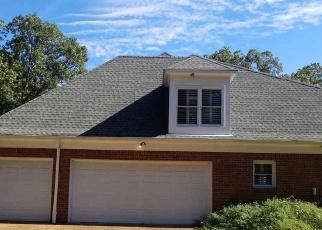 Foreclosed Home in Cordova 38018 FREEMAN OAKS CV - Property ID: 4336675452