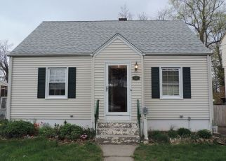 Foreclosed Home in West Haven 06516 PECK AVE - Property ID: 4336825233