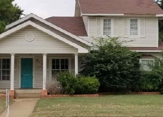 Foreclosed Home in Duncan 73533 W HICKORY AVE - Property ID: 4336898382