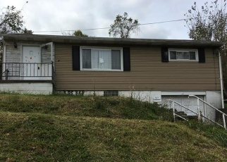 Foreclosed Home in Clairton 15025 3RD ST - Property ID: 4336902323