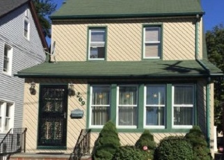 Foreclosed Home in New Hyde Park 11040 BEDFORD AVE - Property ID: 4336909329