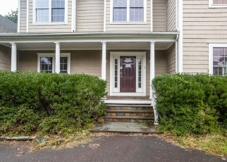 Foreclosed Home in Westport 06880 COLONIAL RD - Property ID: 4336910202