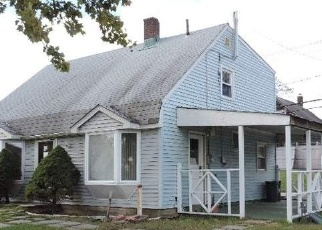 Foreclosed Home in Levittown 11756 VALLEY RD - Property ID: 4336930799