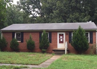 Foreclosed Home in Gordonsville 22942 LOVING RD - Property ID: 4337036791