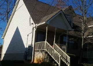 Foreclosed Home in Knoxville 37922 SHADY BEND LN - Property ID: 4337158543