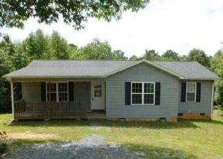 Foreclosed Home in Trinity 27370 BEAU CT - Property ID: 4337343364