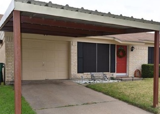 Foreclosed Home in Elm Mott 76640 CHEROKEE ST - Property ID: 4337360895