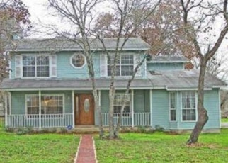 Foreclosed Home in Elmendorf 78112 PRIEST RD - Property ID: 4337375784