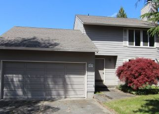 Foreclosed Home in Hillsboro 97124 NW DARNIELLE ST - Property ID: 4337405111