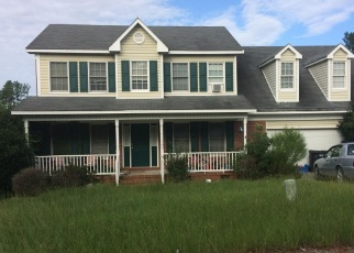 Foreclosed Home in Hope Mills 28348 MIRANDA DR - Property ID: 4337430978