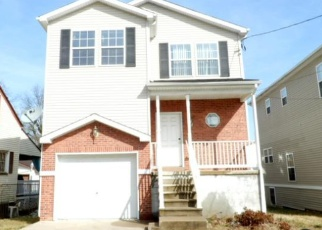 Foreclosed Home in Trenton 08638 HOMESTEAD AVE - Property ID: 4337554471