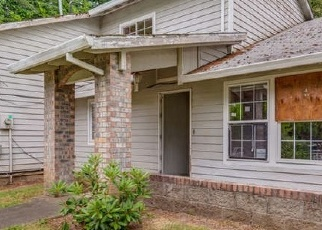 Foreclosed Home in Lake Oswego 97035 TWIN FIR RD - Property ID: 4337613600